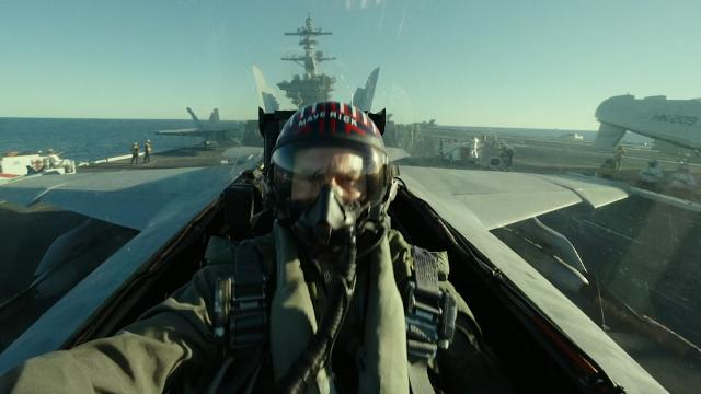 "Tom Cruise zeigt ""Top Gun: Maverick""-Trailer"