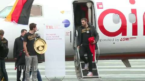 Handball-Helden in Berlin gelandet