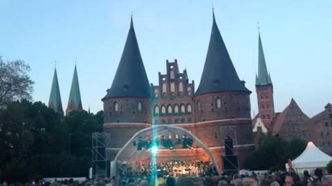 Party am Holstentor