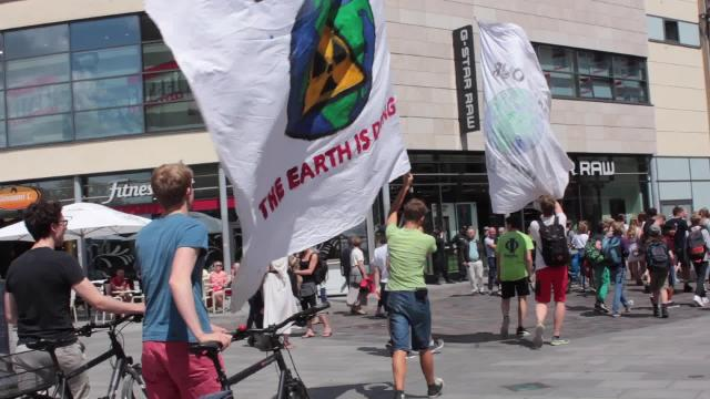 """Fridays for Future""-Demo in Rostock (Video: Alfons Bauer 